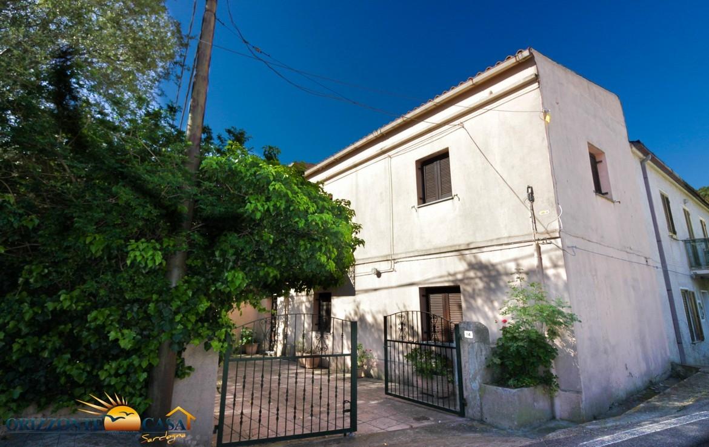 Sardegna Brunella - Casa indipendente con giardino a 5 ...